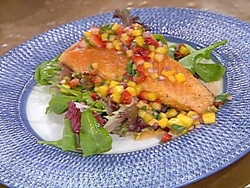 Fresh grilled fish with fruit salsa for Fruit salsa for fish
