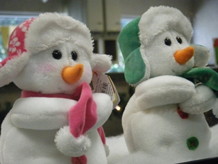 Snowmen Spotted at First Federal Bank