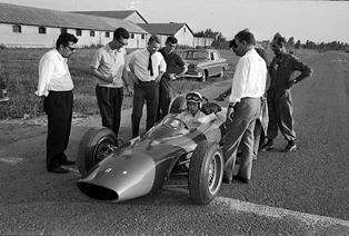 Ferrari vs Cobra, Sports Cars Seminar