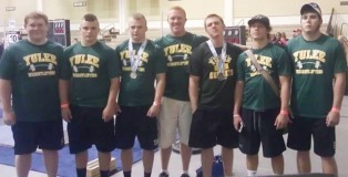 Yulee Hornets County Champs in Weightlifting
