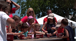 Cold Stone Ice Cream Contest at 2012 Shrimp Fest