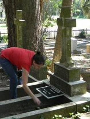 proper headstone cleaning