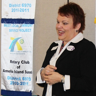 Shandra Riffey of Micah's Place Addresses Sunrise Rotary