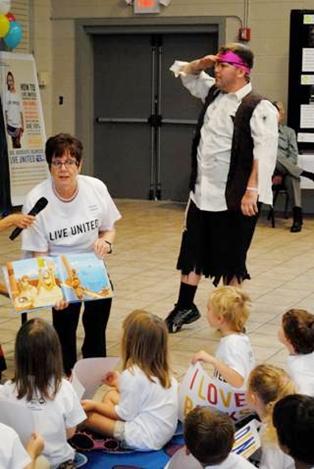 Fernandina Mayor Reads to Preschoolers