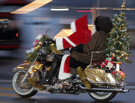Santa caught on a Harley