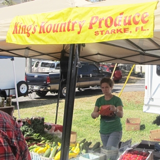Weekly Fresh Bread and Organic Meat at Fernandina's Farmers' Market