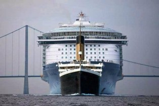 The Titanic being chased by the Allure of the Seas