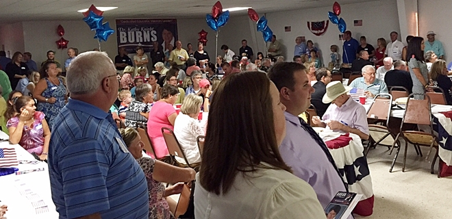 Hundreds Show Support of Kathy Burns for Superintendent of Schools
