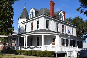 historic-fernandina-property